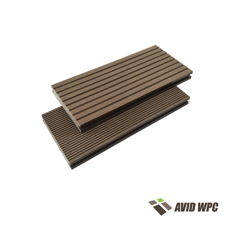Solid Decking Board: WPC Decking Solid